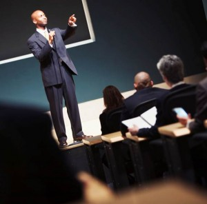 3 things you must avoid when delivering a presentation to a live audience